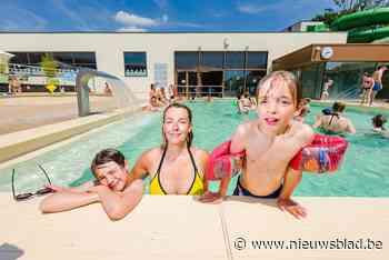 Jarig zwemparadijs De Waterperels loopt coronaproof vol bij ruim dertig graden