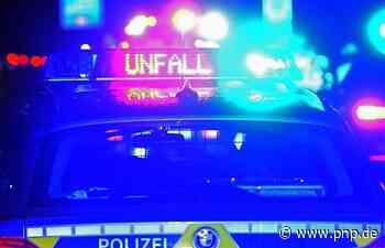 Zwei Autos parken rückwärts aus – und stoßen zusammen - Passauer Neue Presse