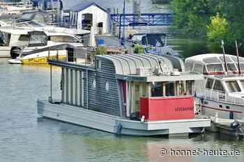 """Lecker an Bord"" vor der Insel - Honnef heute"