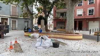 El banco del beso: el proyecto que convertirá la plaza Tenor Cortis en un símbolo LGTBI - denia.com
