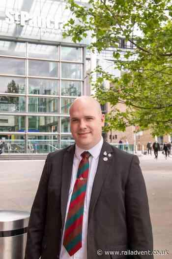 Former Stratford and Ebbsfleet Station Manager awarded British Empire Medal - RailAdvent - Railway News