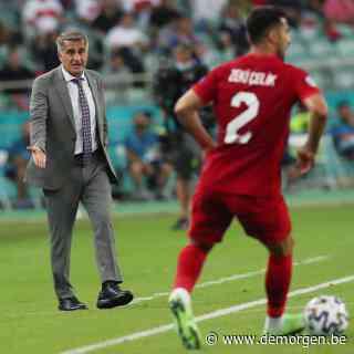 Live - Turkse coach steekt hand in eigen boezem: 'Ik ben verantwoordelijk voor het resultaat'