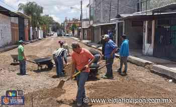 Gobierno de Zacapu, continúa trabajos de rehabilitación de la calle Nardo en Loma Jardín - El Diario Visión