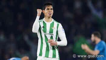 Aissa Mandi: Villarreal sign Algeria defender after Real Betis exit