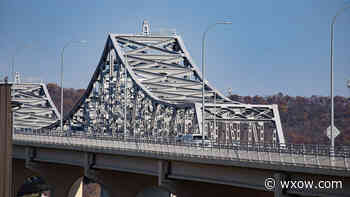 Officials inform Winona residents of Highway 43 Bridge closures - WXOW.com