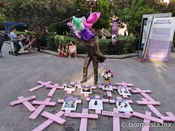 #LaHerenciaDeCarreras | Las cruces rosas del feminicidio - La Orquesta