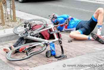 Na 7 jaar eindelijk duidelijkheid over ongeval waarbij profrenner in Ronde tegen supportster Marie-Claire bots - Het Nieuwsblad
