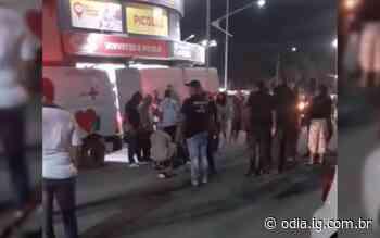 Motociclista fica ferido após bater contra carro em Arraial do Cabo - Jornal O Dia