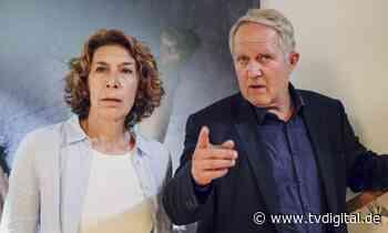 Tatort Wien: Adele Neuhauser – DARUM hat sie sich hypnotisieren lassen - TV Digital