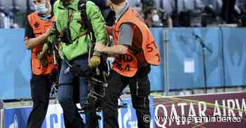 People hurt by parachuting protestor at Euro 2020 game - The Reminder