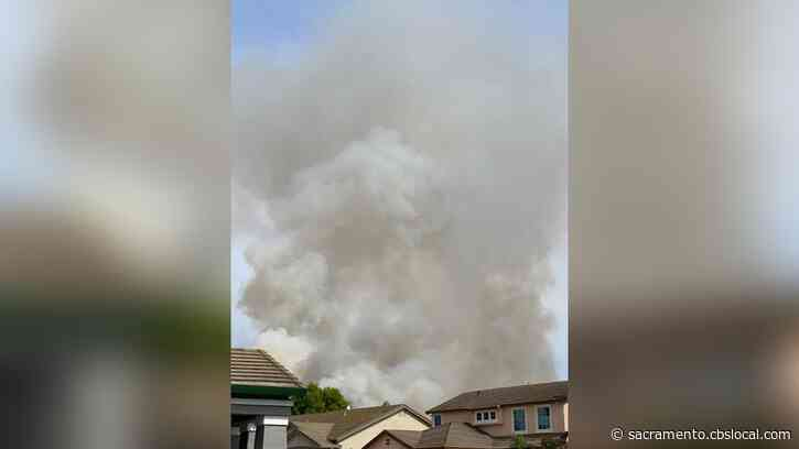 Grass Fire Threatens Structures, Forces Evacuations In Elk Grove