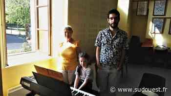 Cambo-les-Bains : Musikarenzat lance le concept de « musique à la fenêtre » - Sud Ouest