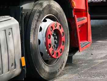 Unfall auf B14 bei Sulzbach an der Murr: Lkw-Fahrer kommt von Straße ab - Blaulicht - Zeitungsverlag Waiblingen