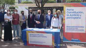 El PP de Algeciras recoge firmas en contra de los indultos que quiere realizar el Gobierno - Horasur