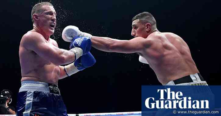 Battered Paul Gallen weighs up boxing career after falling to Justis Huni onslaught