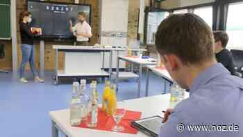 Digitale Tafeln in allen Klassenräumen: Bissendorfer Unternehmerfamilie Philipps spendet 130.000 Euro an Oberschule - NOZ