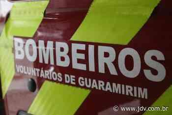 Bombeiros de Guaramirim atendem dois acidentes de trabalho - Jornal do Vale do Itapocu