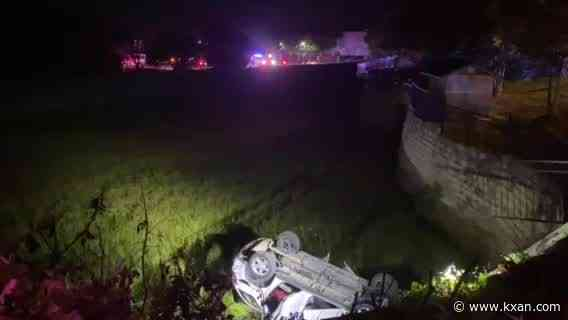 Car crashes in retention pond with person trapped at Hill Country Galleria