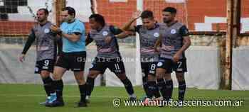 BERAZATEGUI 1 - ARGENTINO DE MERLO 3   Se llevó mas que una victoria - Mundo Ascenso