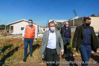 Em Campos Novos, governador visita áreas atingidas por tornado e repassa recursos para abertura de leitos de UTI - Jornal da Fronteira