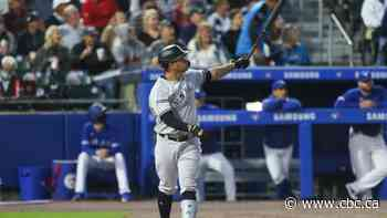 Controversial call overshadows result as Sanchez homer helps Yankees hold off Jays