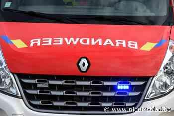 Mobiele machine vliegt in brand bij Unilin Panels - Het Nieuwsblad