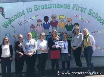 Broadmayne First School receives science award - Dorset Echo