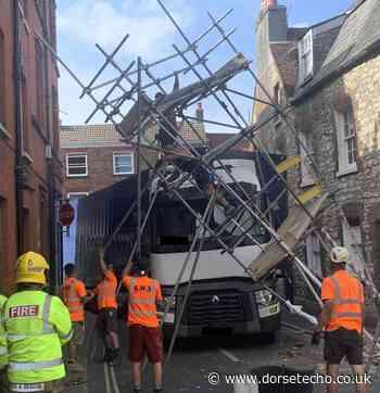 Man injured as lorry hit scaffolding in Dorchester - Dorset Echo
