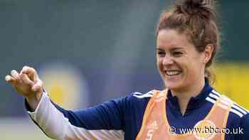 Jen Beattie: 'Visibility for women's game is massive,' says Scotland defender - BBC News
