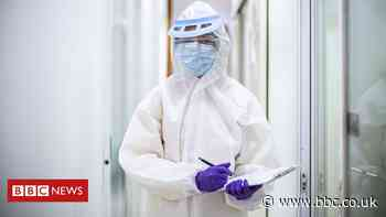 Covid in Scotland: Key items of PPE came 'close' to running out - BBC News
