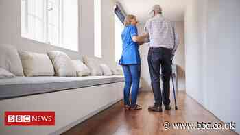 Covid in Scotland: 'No plans' to make jabs compulsory for care home staff - BBC News