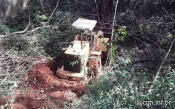 Maquinário cai em ribanceira no Jardim Bandeirantes, em Arapongas - CGN