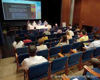 El Ejido se reúne con el sector agrícola para informar sobre la Feria AgroIberia - La Voz de Almería