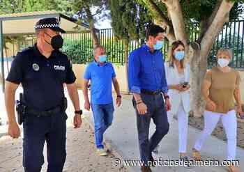 La Policía Local de El Ejido imparte una jornada de Educación Vial en el CEIP Diego Velázquez - Noticias de Almería