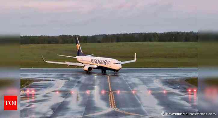Ryanair, UK airports sue govt over Covid travel rules - Times of India