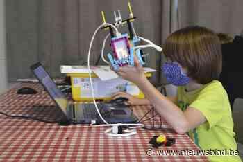 Eerste lichting Techniekacademie zwaait af: leerlingen maken robotwagen