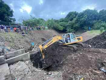 Siguen trabajos de reparación en puente Los Aceiticos de Ciudad Bolívar - Diario Primicia - primicia.com.ve