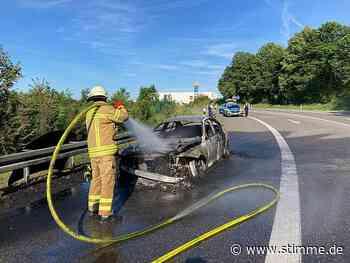 Auto brennt an der A6-Ausfahrt Bad Rappenau vollständig aus - STIMME.de - Heilbronner Stimme