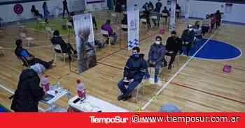 En Caleta Olivia se inició la inmunización del sector comercial - Tiempo Sur