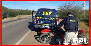 Mulher é presa com veículo roubado e documentação falsa em Picos - GP1