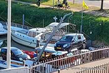 Tolpoortbrug zet uit door hitte, vrachtschip moet nacht moet wachten om door te varen
