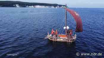 Replika eines historischen Schilfboots kommt nach Sassnitz - NDR.de