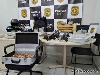 Dupla é presa em Natal com mais de 22 kg de maconha e pistola de PM assassinado em 2018 - G1