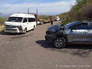 Aparatoso choque deja tres lesionados en Jalpa - Imagen de Zacatecas, el periódico de los zacatecanos