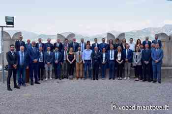 MyNet, a Malcesine full immersion motivazionale per una quarantina di agenti business   la Voce Di Mantova - La Voce di Mantova