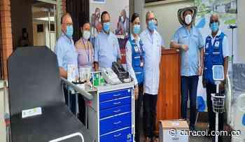 Cruz Roja entrega equipos médicos a la red hospitalaria de Córdoba - Caracol Radio
