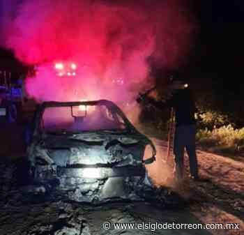 Autoridades localizan cuerpo sin vida en automóvil calcinado en corralón de Piedras Negras - El Siglo de Torreón