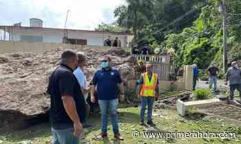 Recomiendan desalojar familias en Ciales ante derrumbe de enormes piedras - Primera Hora