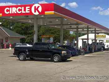 Ohioans are hitting the road but rising gas prices have Toledo drivers hitting the brakes
