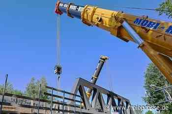 Tonnenschwere Brücke für das Chemnitzer Modell in Altchemnitz montiert - Freie Presse
